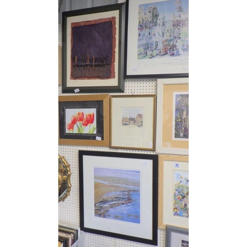 25 - A group of eight various framed pictures and prints (8).