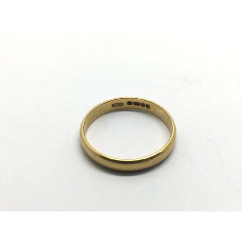 43 - A 22ct gold wedding band, approx 2.6g and approx size N....