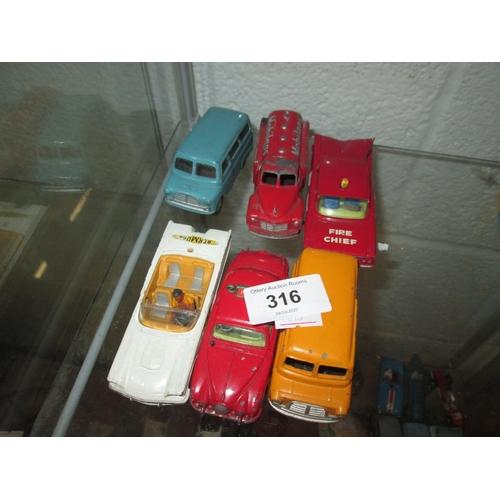316 - 6 x die cast toy cars : Corgi...