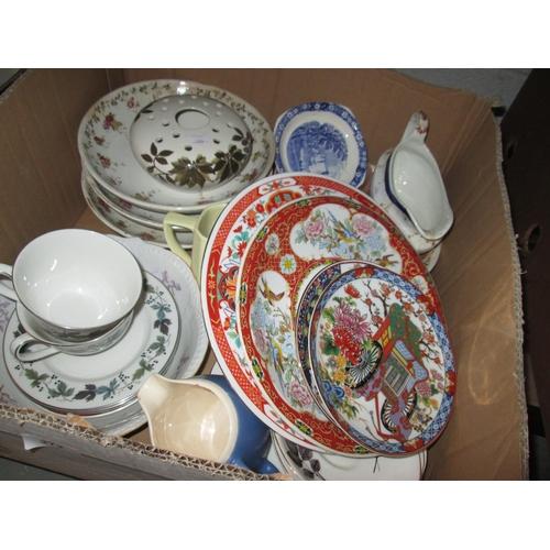 372 - Box of decorative china...