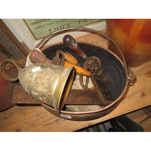 467 - Assorted woodworking tools, bell and brass swing pan...