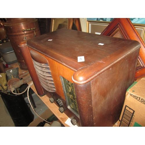 485 - Vintage radio in wooden case...