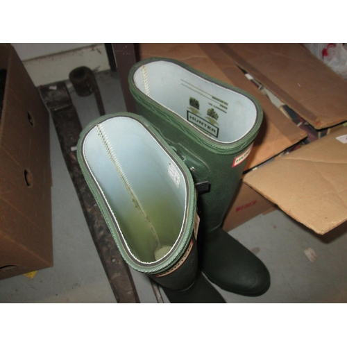 488 - Pair of Hunter Wellington boots size 6...