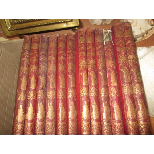 689 - Box of books : History of England...