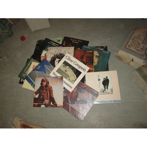 422a - Collection of vinyl record albums : 1960's , 1970's & 1980's chart pop, folk some signed...