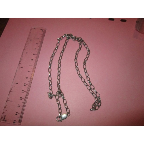 10 - Silver open link necklace 21 g...