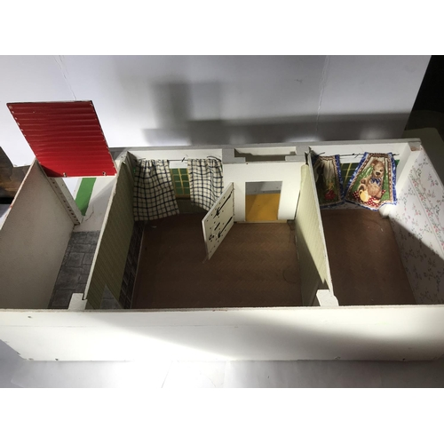 20 - ENGLISH BUNGALOW DOLLS HOUSE WITH DETACHABLE ROOF AND OPENING GARAGE DOOR, 24 INCHES IN LENGTH (COLL...