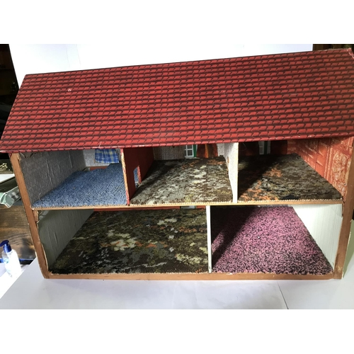 21 - ENLISH TWO STOREY DOLLS HOUSE WITH ALL THE ROOMS CARPETED, STANDS 17