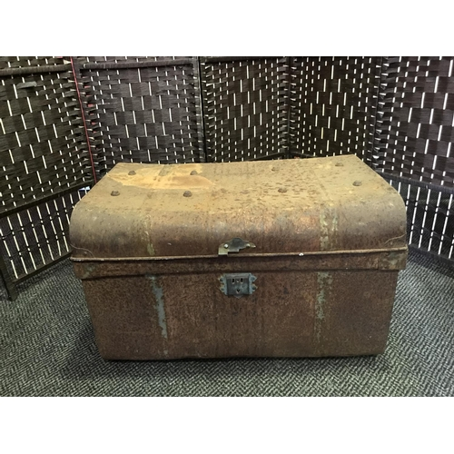 30 - VINTAGE METAL TRAVEL TRUNK (COLLECTION ONLY)...