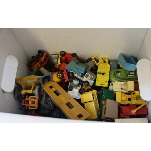 21 - A BOX CONTAINING A LARGE SELECTION OF COLLECTOR'S DIE-CAST VEHICLES VARIOUS <br>...