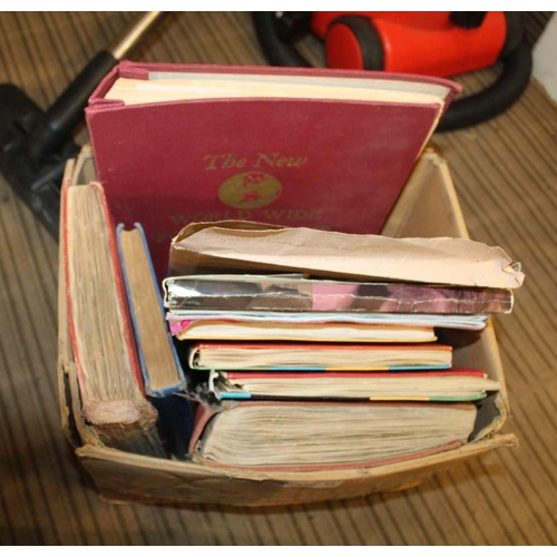 22 - A BOX CONTAINING A SELECTION OF STAMP ALBUMS VARIOUS <br>...