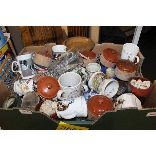 56 - A BOX CONTAINING A SELECTION OF DOMESTIC POTTERY & GLASSWARE VARIOUS <br>...