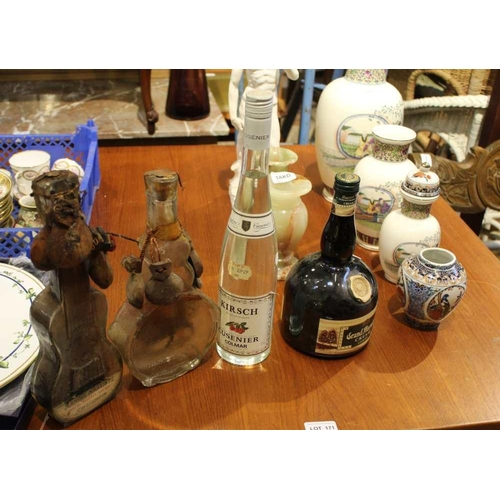 59 - A BOX CONTAINING A SELECTION OF COLLECTABLE GLASSWARE, predominantly containing alcoholic beverage <...