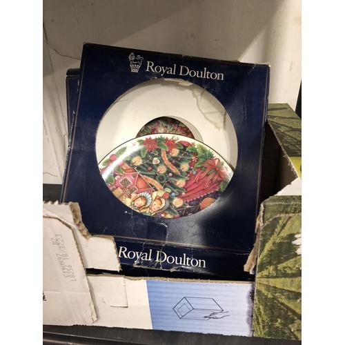 16 - 2 Royal Doulton Xmas plates...
