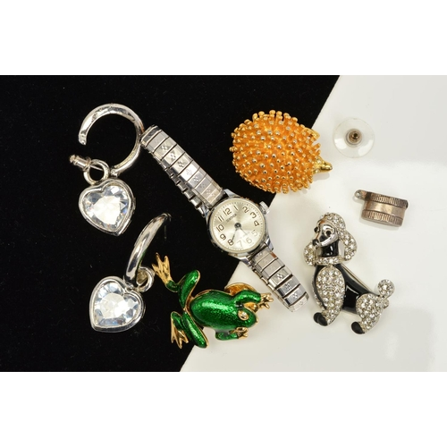 47 - A SELECTION OF JEWELLERY, to include a wrist watch with expandable strap, an enamel frog brooch, an ...