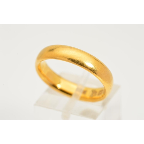 9 - A 22CT GOLD BAND RING, the plain band with 22ct hallmark for Birmingham, ring size Q 1/2, approximat...
