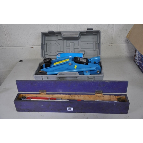 1101 - A BRITOOL TORQUE WRENCH in a wooden case and a cased Silverline 2 Tonne Trolley Jack (2)...