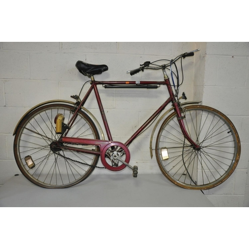 1116 - A HERCULES COMMUTER GENTS VINTAGE BIKE with a 24inch frame...