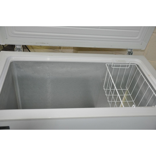 1117 - A FRIDGEMASTER CHEST FREEZER 95cm wide (PAT pass and working at -18 degrees)...