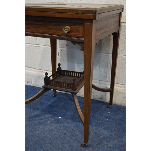 1252 - AN EDWARDIAN MAHOGANY AND STRUNG ENVELOPE CARD TABLE, with a single drawer, on square tapering legs ...