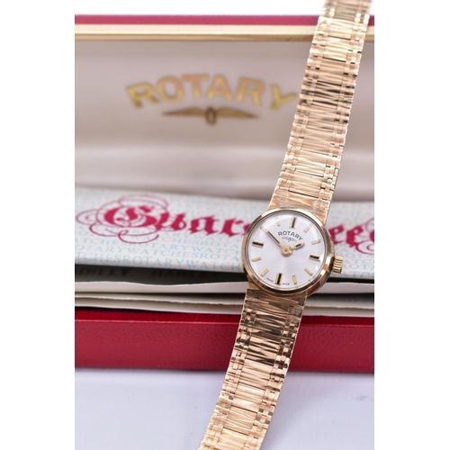 42 - A MID TO LATE TWENTIETH CENTURY LADY'S ROTARY 9CT GOLD WATCH, a round case measuring approximately 1...