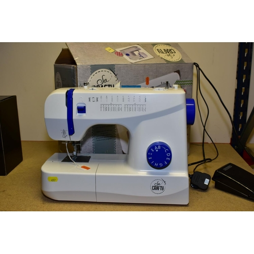 457 - A BOXED ALDI 'SO CRAFTY' ELECTRIC SEWING MACHINE, having sixty sewing programmes, automatic threader...