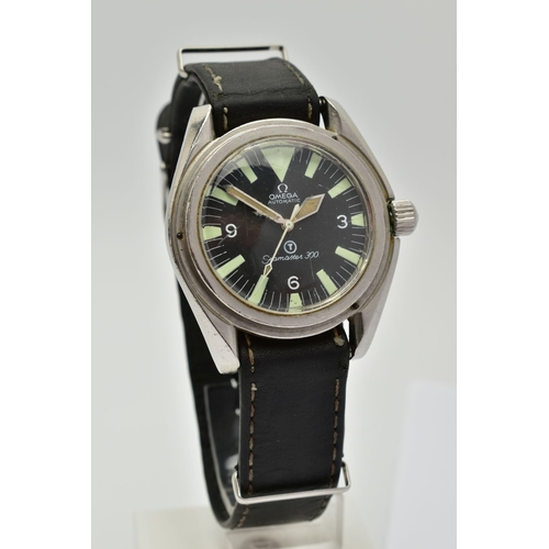 139 - AN OMEGA 300 SEAMASTER MILITARY WATCH, black dial, Arabic and luminescent baton markers, dial signed...