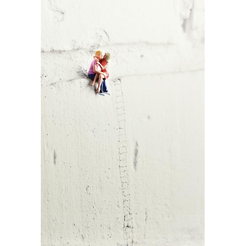 64 - MR KUU (BRITISH CONTEMPORARY), 'High On Love', an artist proof print, 3/8 of figures on a wall, sign...