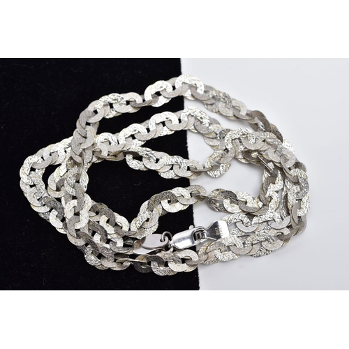 32 - A 9CT WHITE GOLD CHAIN, the textured curb link chain, fitted with a lobster claw clasp, hallmarked 9...