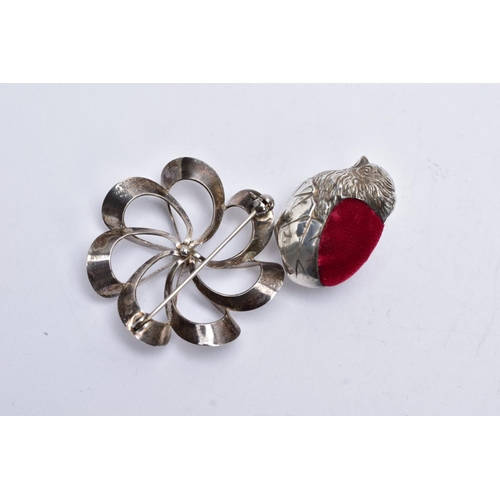 54 - A BOX OF ASSORTED ITEMS, to include a wide silver hinged bangle, with an engraved foliate design, ha...