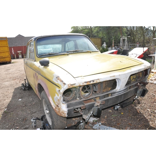 1001 - A 1974 TRIUMPH DOLOMITE SPRINT SALOON CAR FOR RESTORATION, first registered 01/02/1974 with a 1998cc...