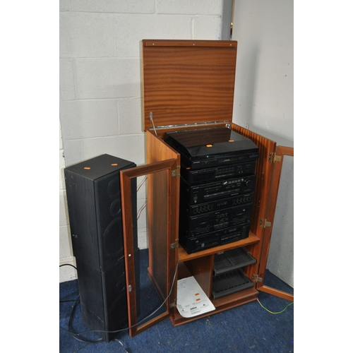 1076 - A PIONEER XD-Z64M HI FI with a PL-z94 Turntable (Motor drives, tracks record but belt needs replacin...