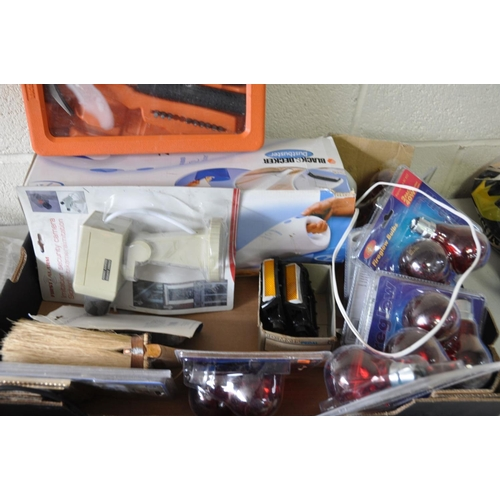 1080 - A TRAY CONTAINING HOUSEHOLD ELECTRICALS and tools including a Dustbuster (PAT pass and working) a Pu...