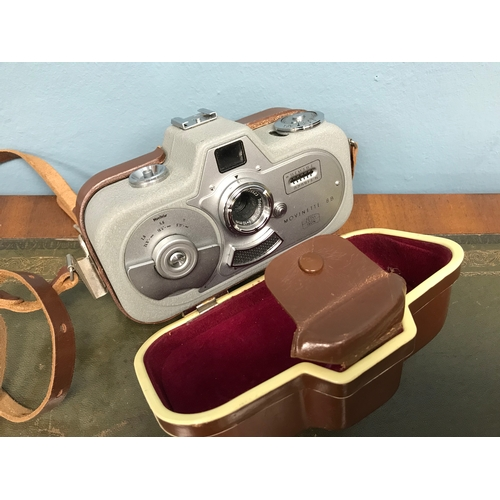 91 - Zeiss Ikon Movinette 8B Cine camera with protective carry case....