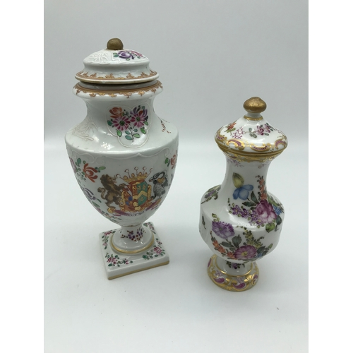 21 - 2 19th century hand painted lidded pots, Smallest is possibly French and the other is possibly Japan...