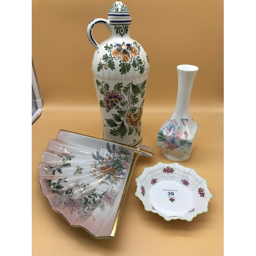 39 - Collection of mixed Porcelain, to include Aynsley...
