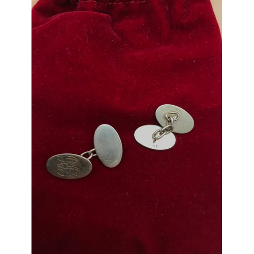32 - A Pair of 9ct gold engraved cufflinks. Weight 6.5grams....