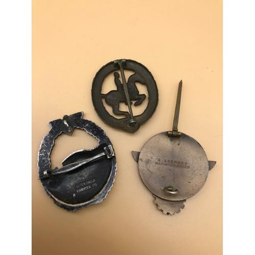 34 - German Nazi Era Hitler Youth 1938 Kreissieger enamel badge, A Bronze Grade German horseman's badge &...