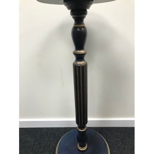 9 - Modern contemporary pedestal stand....