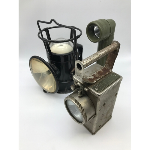 18 - 3 Vintage battery operated lanterns/ Torches....