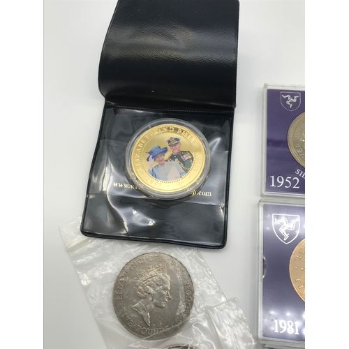116 - A Lot of various collectors coins, Includes two £5 coins, Westminster mint collectors coin, Three £5...