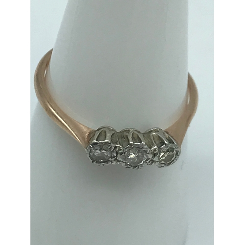 1 - A 9ct gold ladies ring set with 3 nicely cut diamonds, Ring size P...