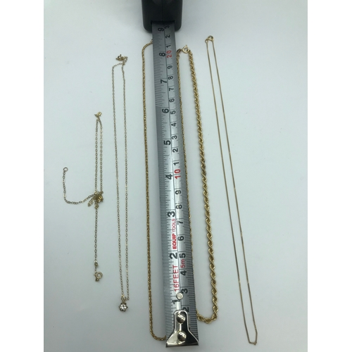 35 - A Lot of five various 9ct gold necklaces, Total weight 9.20grams...