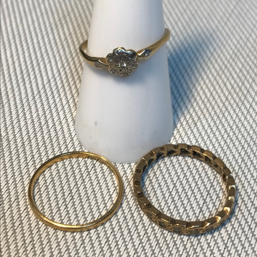 69 - A Lot of two Antique 18ct gold rings, One is a 18ct, platinum & diamond ring. Together with 9ct gold...