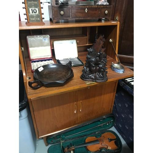 30a - A Mid century teak pedestal bureau. Measures 107x76x41cm...