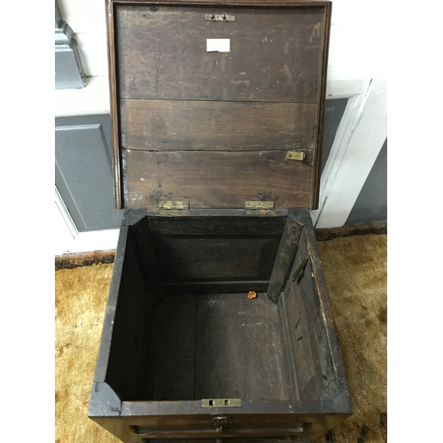 30A - A Late 17th century wine cooler chest, missing liner, Measures 45x45x42.5cm...