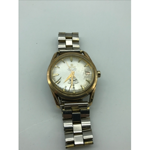 31J - A Vintage Titoni Airmaster Rotomatic 25 jewel Gents watch in a working condition....