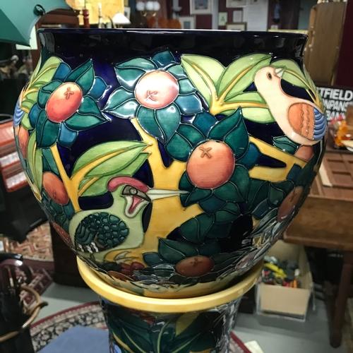 354B - A Large Moorcroft pottery