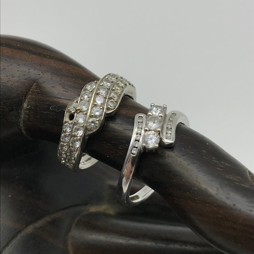 76J - A Lot of two 9ct white gold ladies rings set with cz stones. Both ring size M & Total weight 5.19gra...
