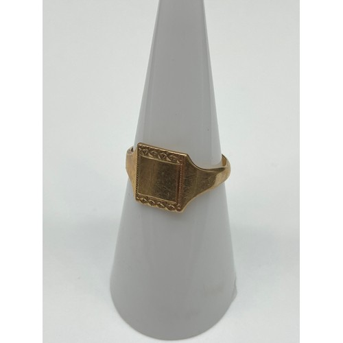 12J - An Antique Birmingham 9ct gold signet ring. [Weighs 1.88 grams] [Ring size L]...